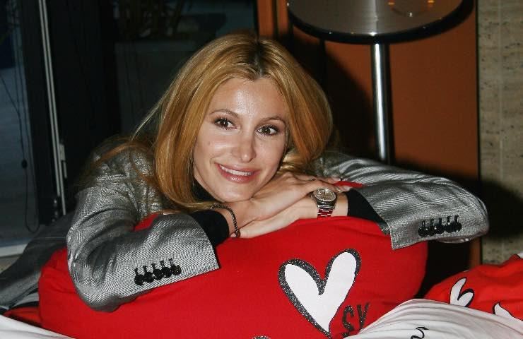 Clamoroso Adriana Volpe, lascia la trasmissione: futuro altrove?