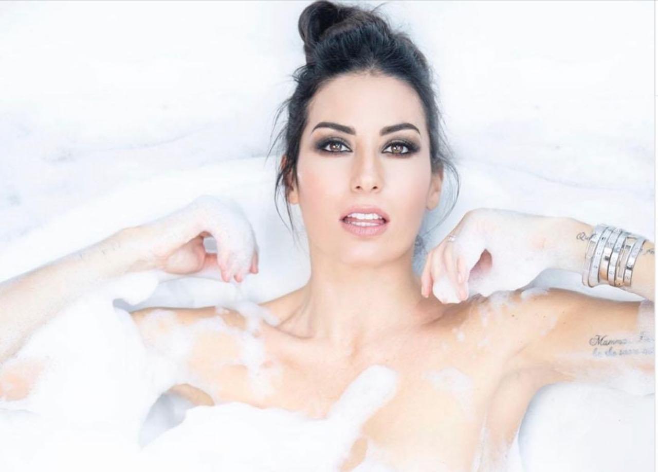 Elisabetta Gregoraci sexy