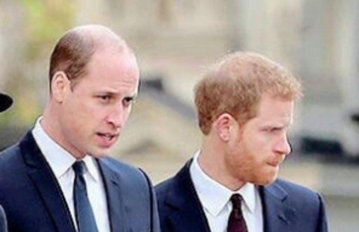 Royal Family, il principe William respinge le critiche di Harry: le sue parole