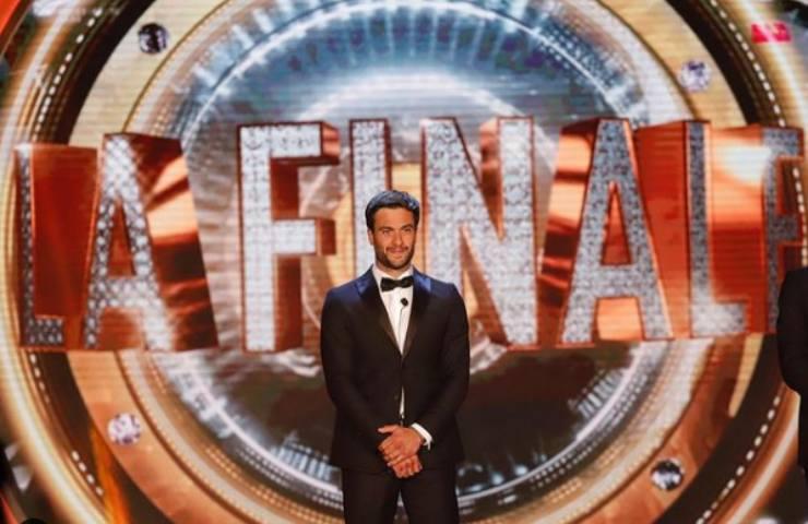 Pierpaolo Petrelli pronto per Sanremo? La performance è esilarante - VIDEO