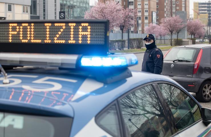 Polizia Villa di Briano