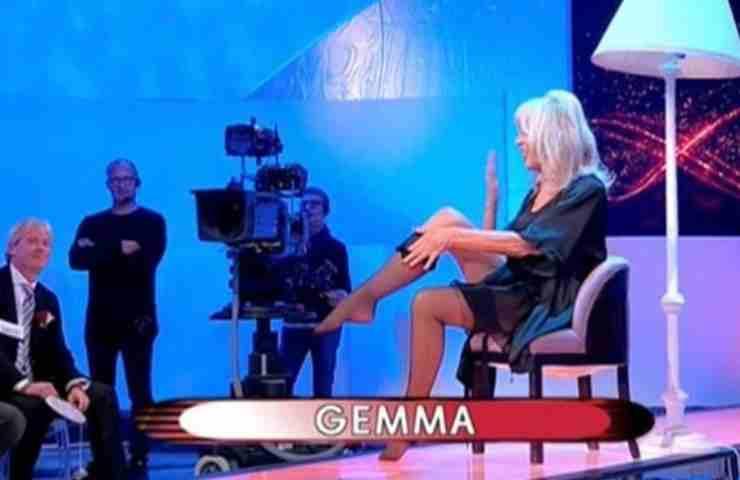 """Uomini e Donne, Gemma Galgani lo fa a 71 anni: """"Lo voglio"""": è ufficiale"""
