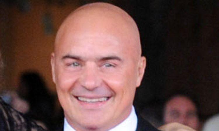 Luca Zingaretti sorriso