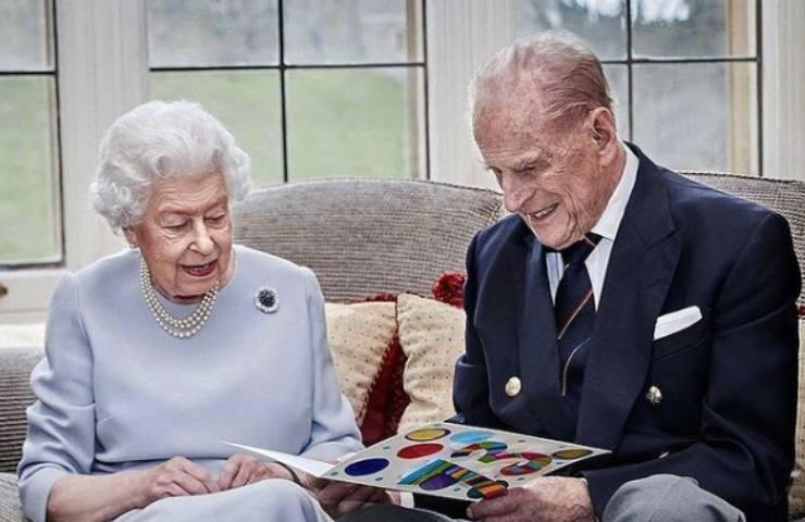 Casa Reale, le regole da rispettare per i funerali del Principe Filippo