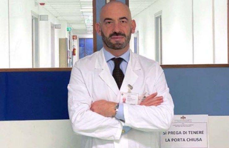 Domenica Live, Matteo Bassetti ospite presenta una persona speciale: di chi si tratta