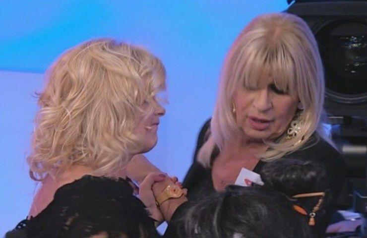 Uomini e Donne Gemma e Tina litigano
