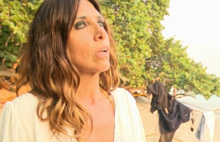 Emanuela Tittocchia preoccupata per la mamma: la confessione in diretta