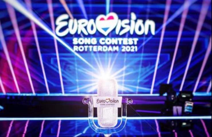Eurovision Song Contest incidente palco pedana rotante