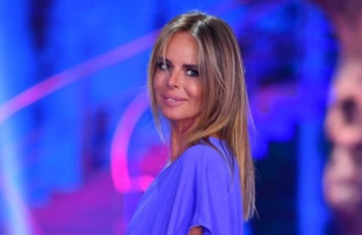 """Paola Perego si commuove per l'ultima puntata de """"Il filo rosso"""""""