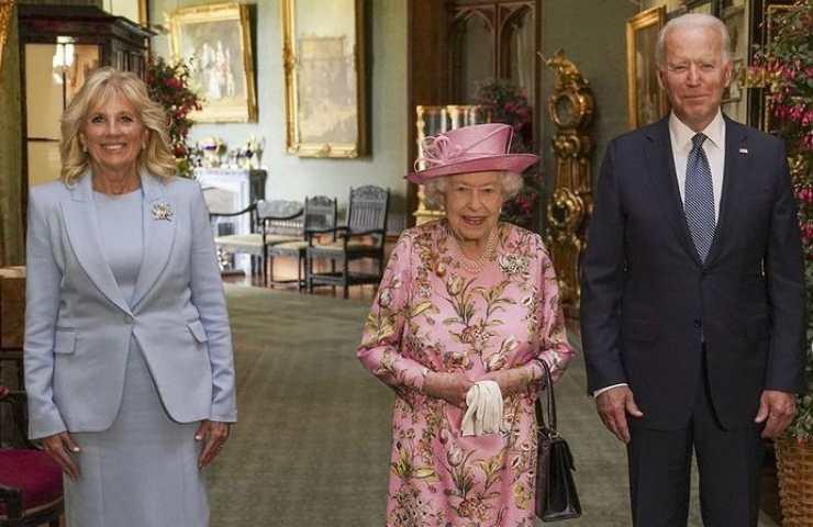 Elisabetta II con Jill e Biden