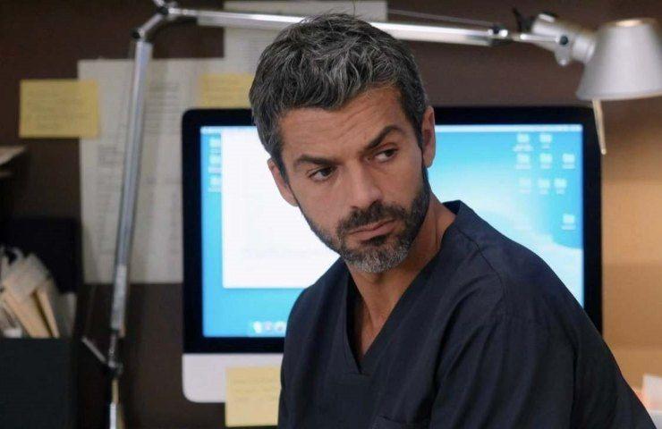 Luca Argentero in Doc Nelle tue mani