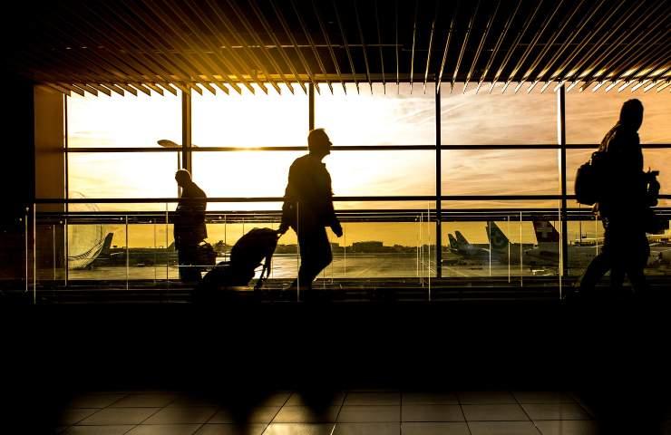 Passeggeri aeroporto (Pixabay)
