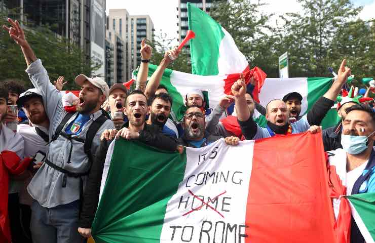 Italia Inghilterra allarme virologi per finale