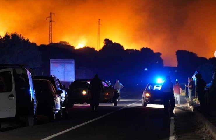 Italia a fuoco con roghi terribili in Sardegna