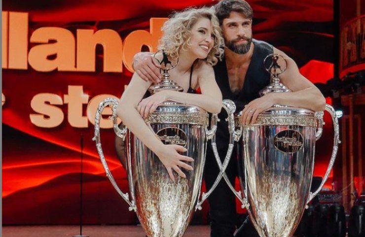 Gilles Rocca e Lucrezia Lando guardano